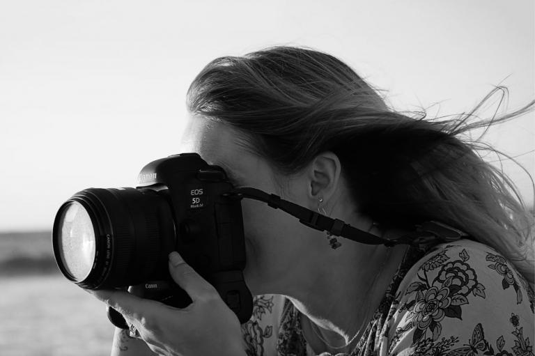 Connect with a portrait photographer